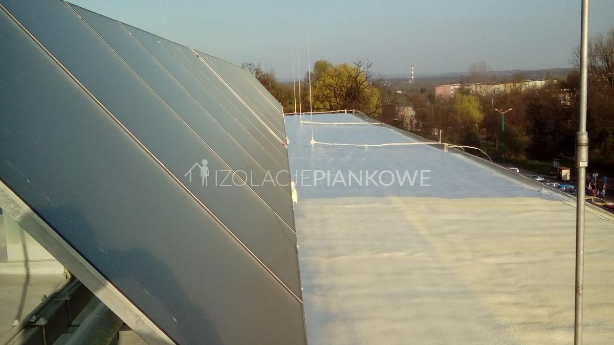 izolacja dachu pianka
