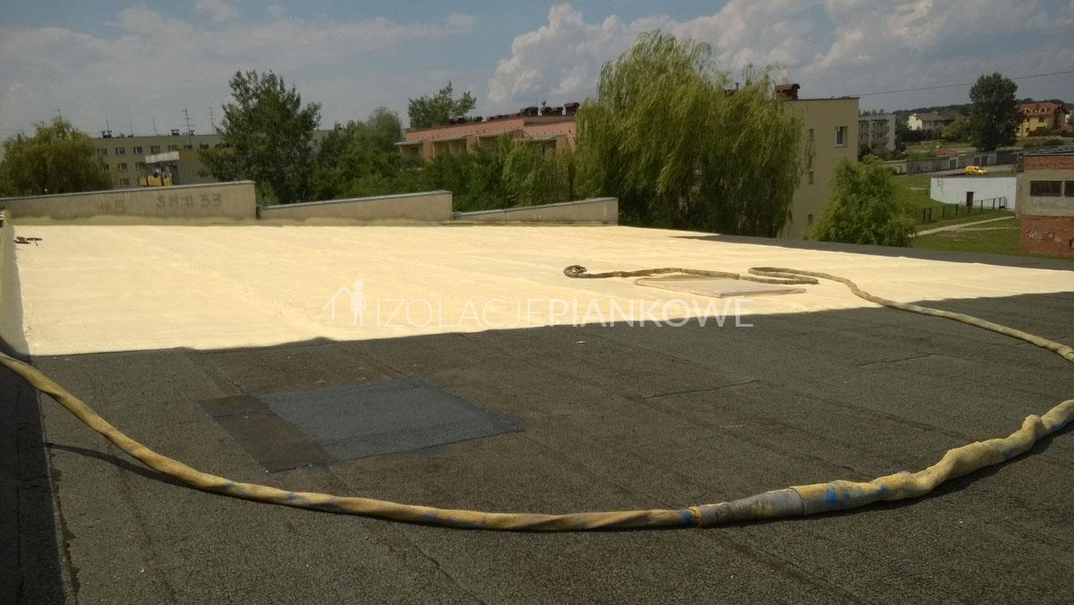 izolacja PUR dachu płaskiego