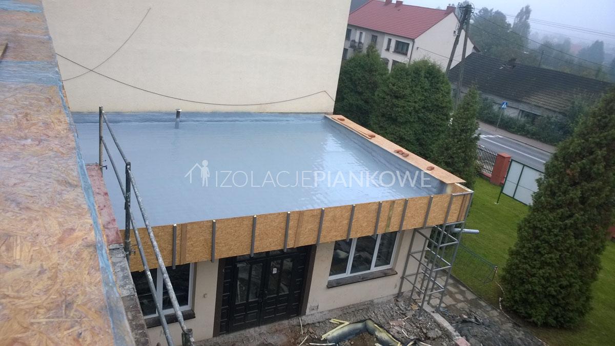 pokrycie dachowe piana polimocznik