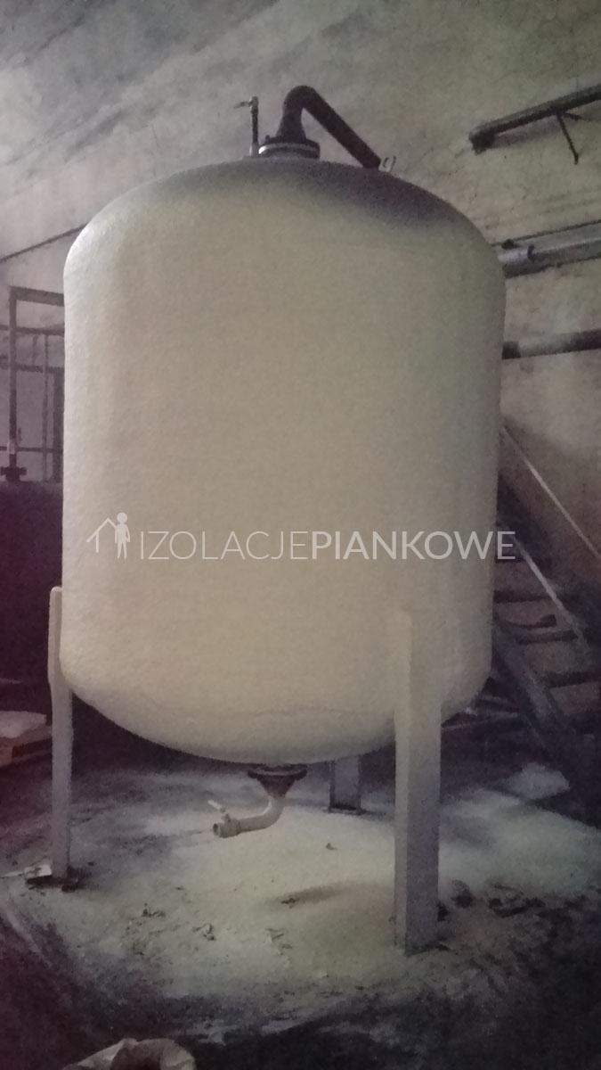 poliuretanowa izolacja